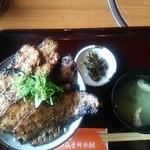 野さか - 豚丼大盛り\1100