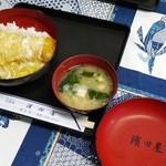 濱田屋 - かつ丼卵乗せ①
