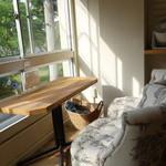 ソビノワ - ☆窓際のソファ席は2組分ありますね(*^。^*)☆