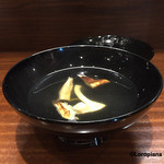 50729634 - つきだし代わりの名残の松茸の吸物