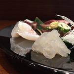 50729636 - 富山の白海老、天草の羽太、千葉の釣ものの太刀魚