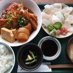 国頭港食堂 - アカジンミーバイの刺身とあら煮定食(\1500:2016年)