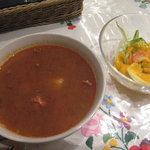 5074998 - グヤッシュスープとフレッシュサラダ