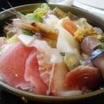魚河岸寿司 - ちらし¥1295