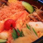 宮徳 - ちらし定食(ちらしのドアップ)