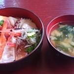 瀬浜寿司 堂ヶ島 - 料理写真:海鮮丼