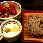 蕎麦切り きうち - なか落ち丼定食 特盛り1100円