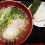 博多鶏ソバ 華味鳥 - 華味鳥水炊き鶏ソバ☆☆ランチタイムには、俵ご飯サービス!