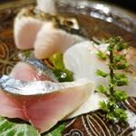50780016 - 鰆、真鯛、軽く締めた鯖