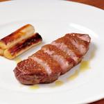 Cafe&Restaurant Gru - シャラン産 子鴨の炭火焼ロースト