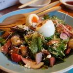 やきうし はんじゅく - ☆はんじゅく卵のシーザーサラダ(#^.^#)☆