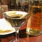 タシデレ - 白ワインデキャンタ
