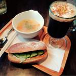 喫茶 アネックスカフェ - 料理写真:モーニング(ツナサンド∴スープ∴カプチーノ)