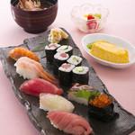 八久茂寿司 - お昼のランチ 中セット  1400円