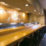 八久茂寿司 - カウンター席 8人