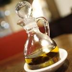 トラットリア&カフェ プリモ - 辛味オイル