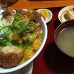南蛮酊 - カツ丼(880円)