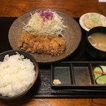 牛かつ いち華 - 牛カツ定食1300円