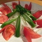あけぼの食堂 - トマトサラダ