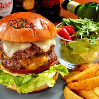 ◆多彩な種類が揃ったハンバーガーを楽しむ、カジュアルランチ