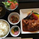 近江牛と地元野菜 ダイニングMOO - 近江牛ハンバーグセット(¥1980)
