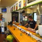 麺屋 Hulu-lu - 開店直後のカウンター席