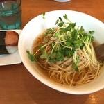 麺屋 Hulu-lu - 醤油らーめん+スパムおにぎりセット「麺硬め」