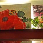 Rue Favart - 1F→2F 階段横のアート