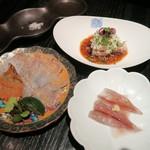 Kasumichousammaruichinoichi - お刺身:ホタルイカ、厚切りのカツオ千種造り、鰈 刺身と揚げ物盛り合わせ