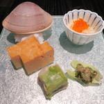 Kasumichousammaruichinoichi - 八寸:旬を感じるフキの和え物、江戸前の玉子焼き、2種のじゃがいも