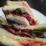 マロニエ - パストラミと玉子&シャキっと野菜