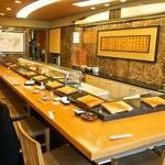 福寿司 - 店内(カウンター席)