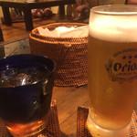 うら庭 - 生ビールとウーロン茶&お通しのえびせん
