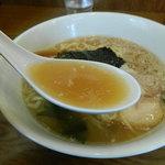 らーめんやひろ - らーめんのスープ
