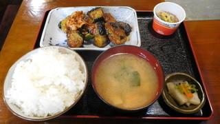 うそ定居 - ピリ辛ナス豚肉炒め定食