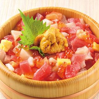 三陸産の新鮮な魚介類を生かした旬の味をお楽しみください!