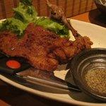 大衆居食家 しょうき - ひな鶏もも一本唐揚げ \240