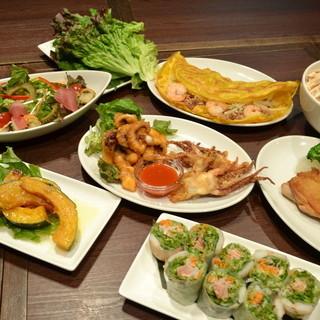 ベトナム現地で研究をした日本人シェフによる料理