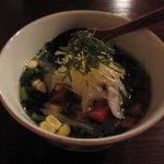 蕎麦 惠土 - そばどうふ(蕎麦豆腐、モロヘイヤ、コーン、茗荷、大葉、烏賊)