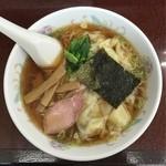50830451 - ワンタン麺 600円。麺1.5玉増し 80円。
