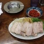第一旭 - 焼豚とキムチ