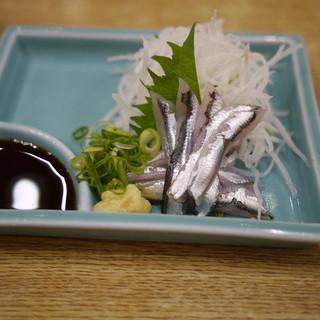 てっ平 - 料理写真:小いわしの刺身~☆