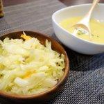 洋食カフェ もみじ堂 - コールスローとスープ