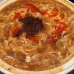 雪園 - 酸辣湯麺。暫くすると、また食べたくなります。