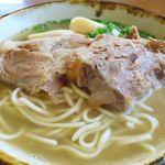 石垣島料理丸八 - ソーキのアップ