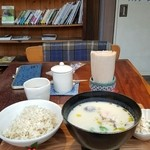cafe コメマメイモ -