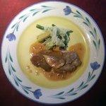 """5085414 - 世田谷""""いきましょうレストラン""""ブリフィックスコース主菜「鶏もも肉のポワレ~バジルクリームであえた野菜添え」"""