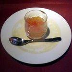 """いきましょうレストラン - 世田谷""""いきましょうレストラン""""ブリフィックスコースのデザート「シトラスゼリー」横景"""