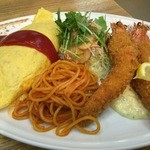 レストラン泉屋 - オムライス・エビフライ(1280+税)