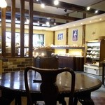 ラミ デュ パン - パン屋さんの喫茶コーナー
